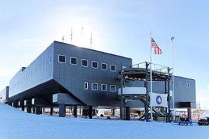 قطب جنوب - اقامت در قطب جنوب قاتل مغز دانشمندان