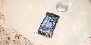 گوشی ضد آب - روشن شدن آیفون بعد از دو ماه زیر آب بودن!